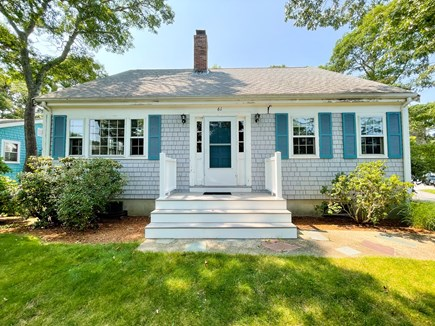 Popponesset Cape Cod vacation rental - Front of Cottage