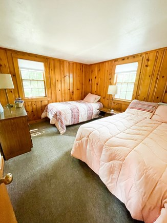 Popponesset Cape Cod vacation rental - Bedroom 1 (1 single bed, 1 full bed)