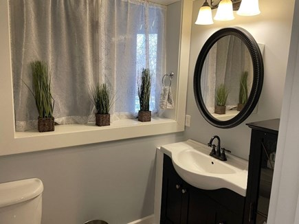 Eastham Cape Cod vacation rental - Large full bath