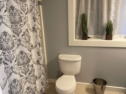 Eastham Cape Cod vacation rental - With a tub!!!