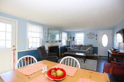 Yarmouth, Off South Sea Ave  Cape Cod vacation rental - Dining Room/Living Room