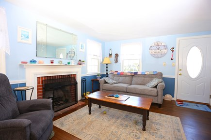 Yarmouth, Off South Sea Ave  Cape Cod vacation rental - Living Room