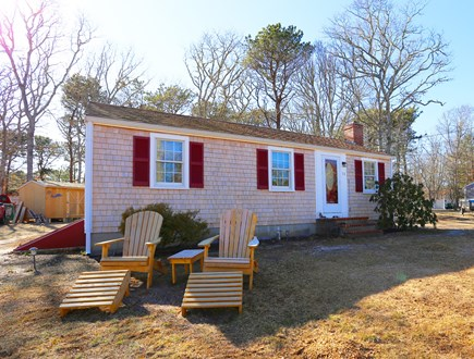 Yarmouth, Off South Sea Ave  Cape Cod vacation rental - Front of Home