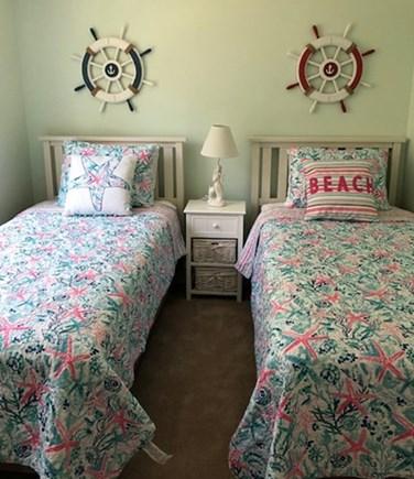 Wellfleet, Lecount Hollow - 3950 Cape Cod vacation rental - Twin Bedroom