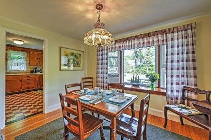 Yarmouth Cape Cod vacation rental - Dining area