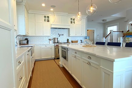 Paradise on Popponesset Cape Cod vacation rental - Modern Kitchen