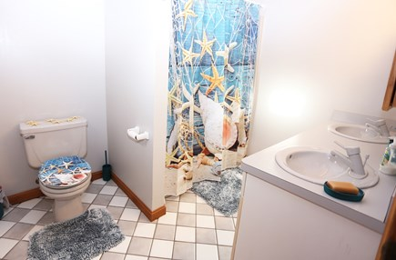Eastham Cape Cod vacation rental - Lower level bathroom