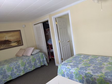 Harwich, Wyndemere Condominiums Cape Cod vacation rental - Twin size bedroom #2