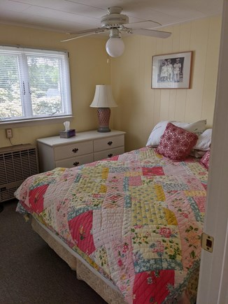 Harwich, Wyndemere Condominiums Cape Cod vacation rental - Queen size bedroom #1