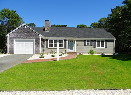 Harwich Cape Cod vacation rental - Newly landscaped front yard