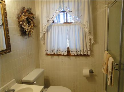 South Wellfleet Cape Cod vacation rental - Full bathroom, adjacent to bedrooms