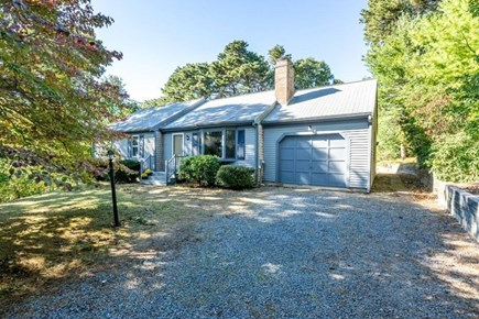 Yarmouth Port Cape Cod vacation rental - Front entrance to house