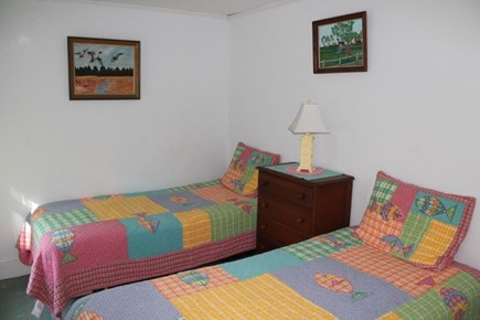 Eastham, Thumpertown - 228 Cape Cod vacation rental - Twin Bedroom