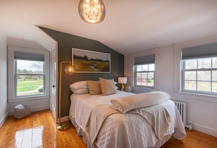 Wareham MA vacation rental - 2nd Floor Bedroom with Double.