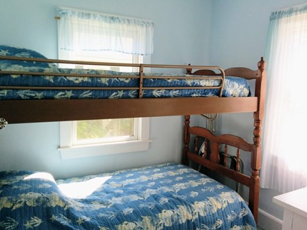 Brewster Cape Cod vacation rental - Small bunk bed room