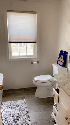 Dennis, Swan River Cape Cod vacation rental - Second floor bathroom