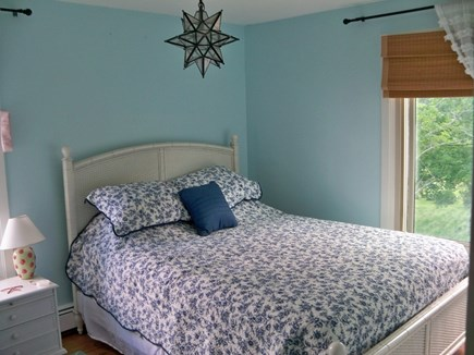 Plymouth MA vacation rental - Queen BR that shares full bath with other Queen BR