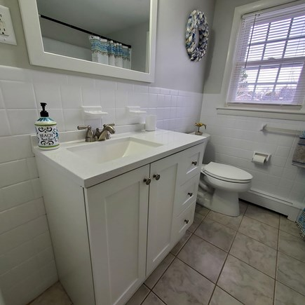 Dennis Cape Cod vacation rental - Hall bath