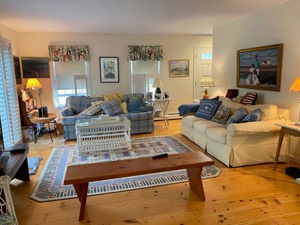 Chatham Cape Cod vacation rental - Casual, fun, relaxing family room