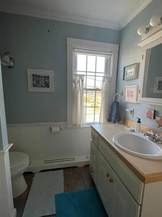 Wellfleet, The Bradford Cape Cod vacation rental - Bathroom with shower and tub on 2nd floor