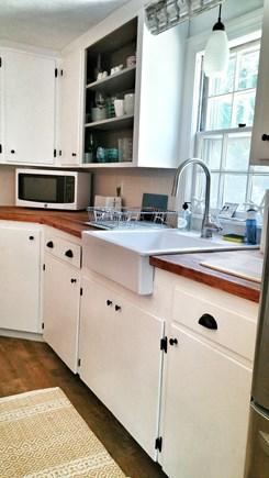 Yarmouth Port Cape Cod vacation rental - Farmhouse kitchen