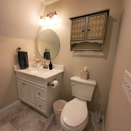 West Dennis Cape Cod vacation rental - Full bath on second floor
