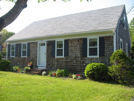 Falmouth Cape Cod vacation rental - Cape style home - one floor living