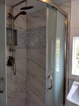 Brewster Cape Cod vacation rental - Small bathroom and shower