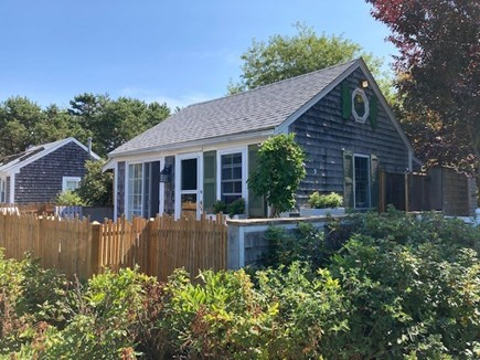 Truro, Seagull Cottage (#9) Cape Cod vacation rental - This is a sweet cottage