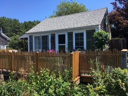 Truro, Seagull Cottage (#9) Cape Cod vacation rental - Sunny front deck