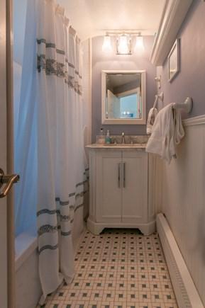 Sandwich Cape Cod vacation rental - Full Bath on 2nd Floor