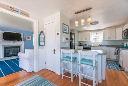 Sandwich Cape Cod vacation rental - Kitchen with island seating
