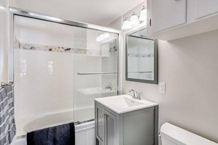 Chatham Cape Cod vacation rental - Cottage bathroom
