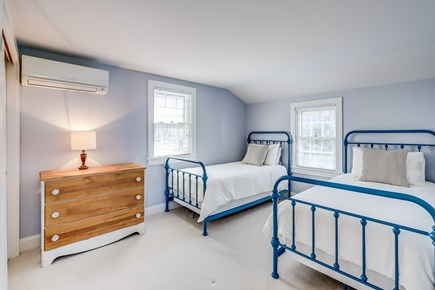 Chatham Cape Cod vacation rental - Cottage twin room