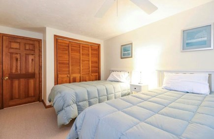 Mashpee, South Cape Beach Estates  Cape Cod vacation rental - Bedroom 2 with two twin beds.