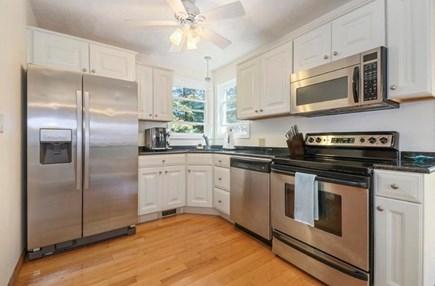 Mashpee, South Cape Beach Estates  Cape Cod vacation rental - Kitchen
