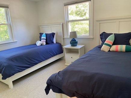 Chatham Cape Cod vacation rental - Twin beds in the first floor back room