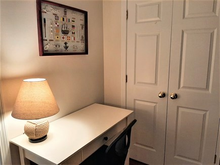 Barnstable, HYANNIS Cape Cod vacation rental - Small office for your laptop remote work