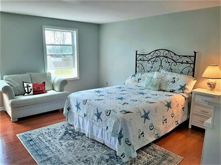 Barnstable, HYANNIS Cape Cod vacation rental - Queen size bedroom with pull out loveseat