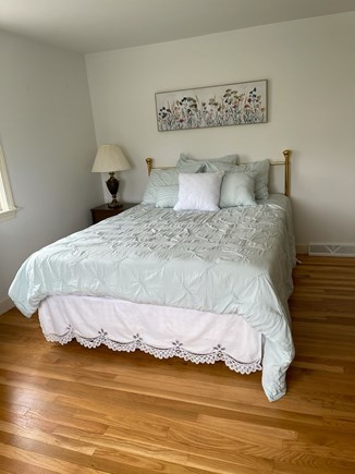 Falmouth Cape Cod vacation rental - Another queen size bed.