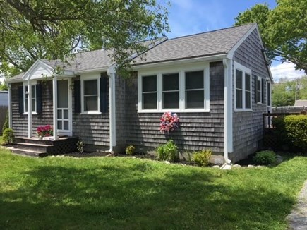 Kingston, Grays Beach MA vacation rental - Front of the home