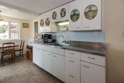 Dennisport Cape Cod vacation rental - Classic New England coastal kitchen