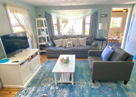 PLYMOUTH MA vacation rental - Large open living area with Flat Screen TV & WiFi