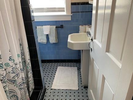 Barnstable, Centerville Cape Cod vacation rental - Bathroom 1