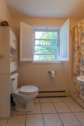 Sandwich Cape Cod vacation rental - Full Bath with tub/shower on 1st Floor