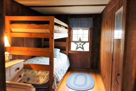Chatham Cape Cod vacation rental - Bunk Room