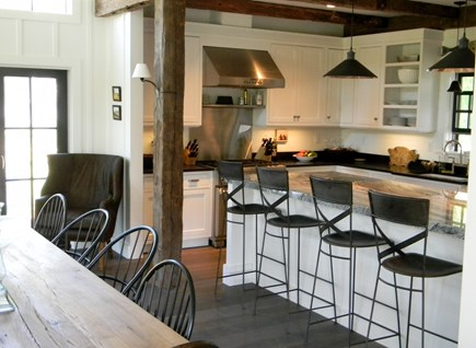 Barnstable, Historic Rte 6A Cape Cod vacation rental - Fully equipped cook's kitchen