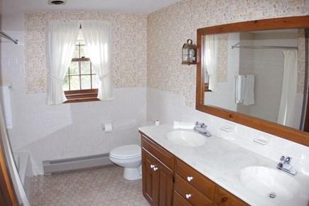 East Orleans - Walk to Asas La Cape Cod vacation rental - Full bath w/ tub/shower, double sinks & large linen closet