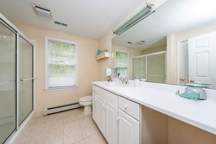 Yarmouth Port Cape Cod vacation rental - Second floor master bathroom