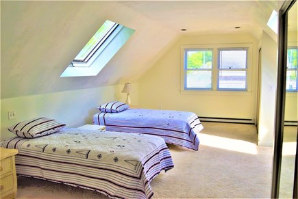 Yarmouth Port Cape Cod vacation rental - 2nd floor twin bedroom